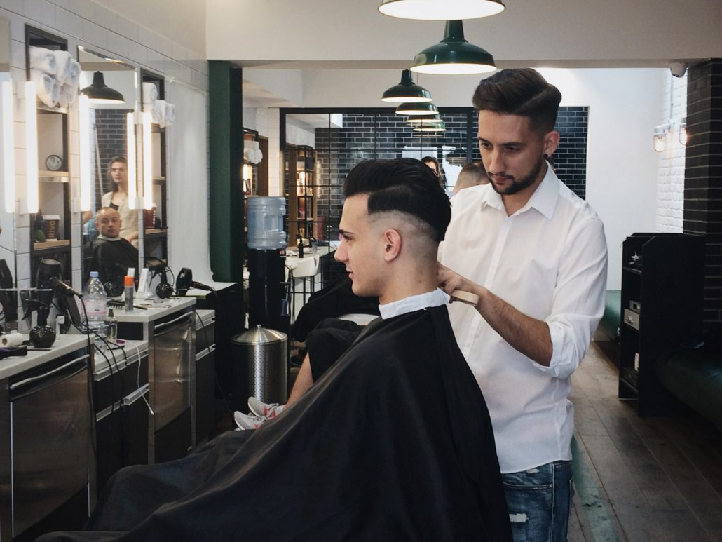 Tabard Barbers has friendly, highly professional hairdressing and grooming staff, whose aim is to offer an exceptional service.