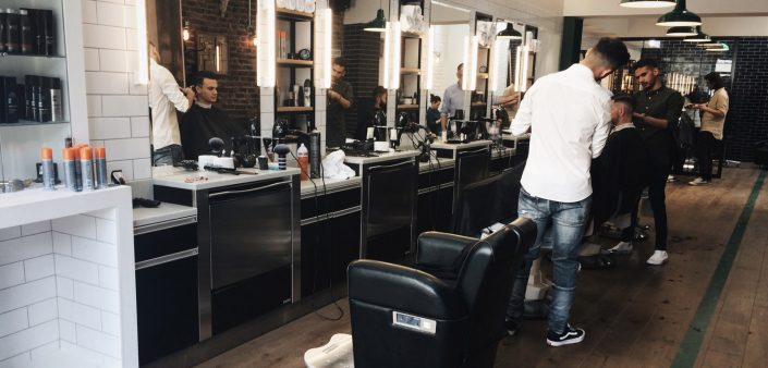 Tabard Barbers is a men's barber & women's hair dressing salon in Tabard Street in London SE1 (Southwark), located 2 minutes from Borough tube & 10 minutes from London Bridge.